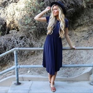 Dresses & Skirts - navy midi dress